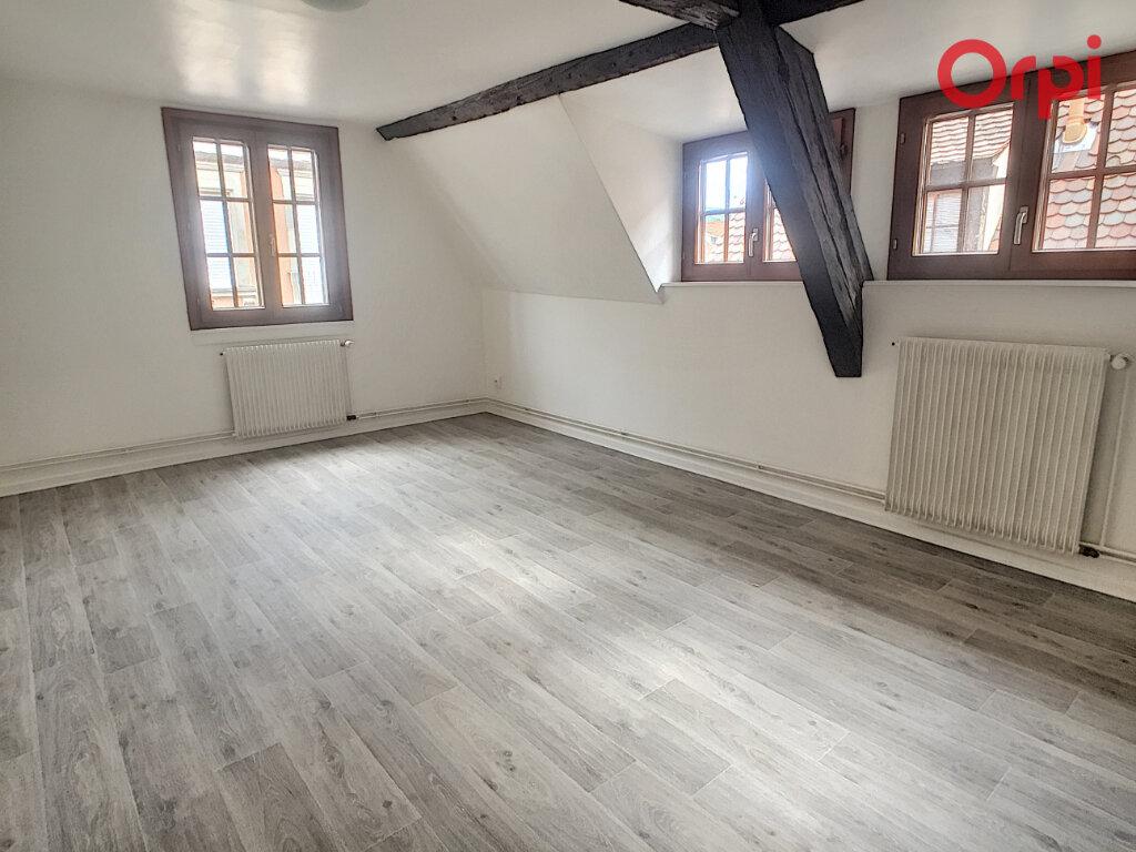 Appartement à louer 2 45m2 à Obernai vignette-2