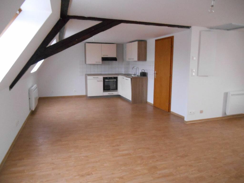 Appartement à louer 3 63m2 à Erstein vignette-1