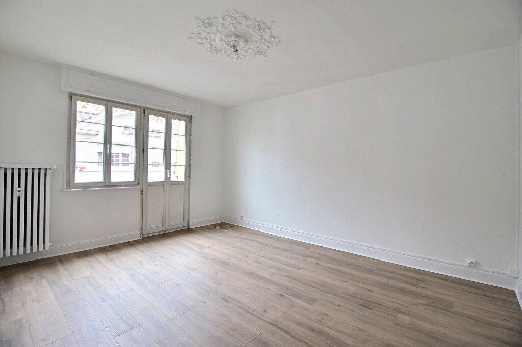 Appartement à louer 2 56.29m2 à Strasbourg vignette-5