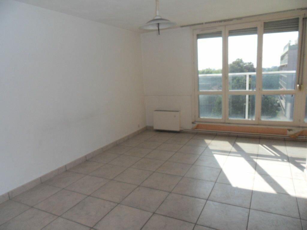 Appartement à louer 1 33m2 à Strasbourg vignette-1