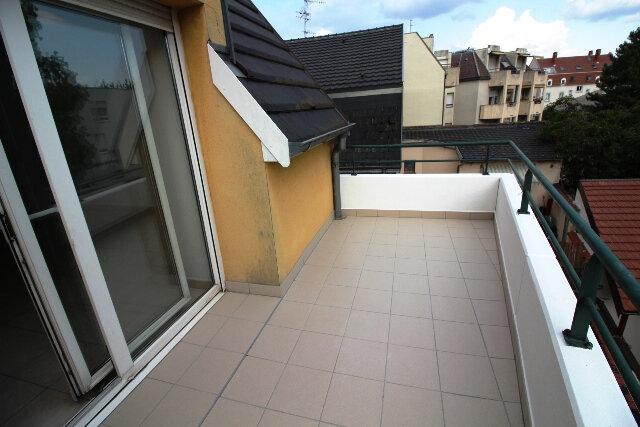 Appartement à louer 4 83.53m2 à Schiltigheim vignette-2