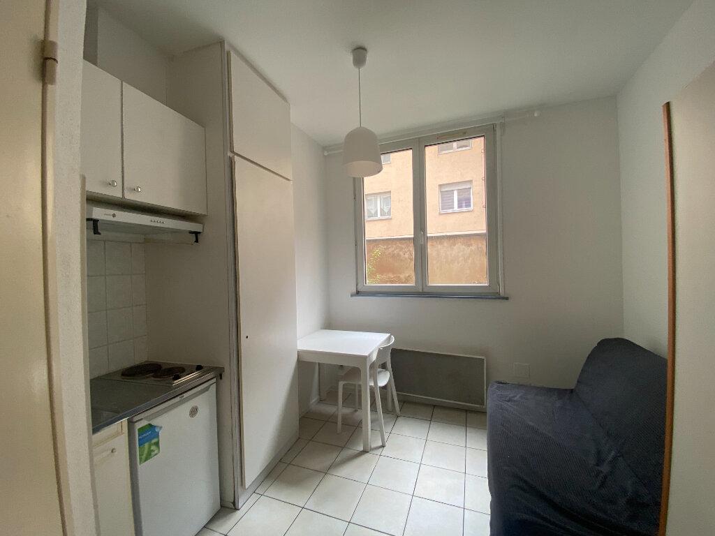 Appartement à louer 1 13.74m2 à Strasbourg vignette-1