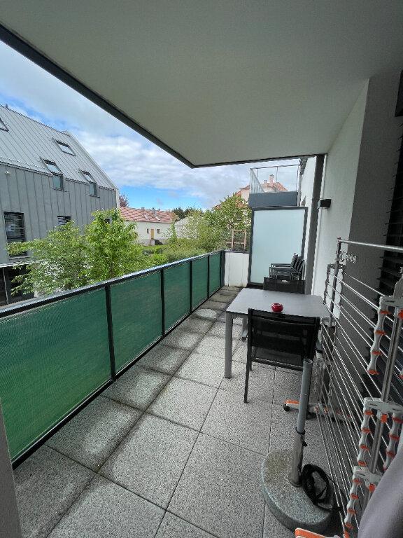 Appartement à louer 3 69.75m2 à Niederhausbergen vignette-3