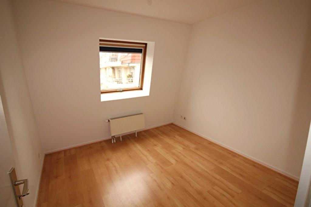 Appartement à louer 2 40m2 à Strasbourg vignette-3