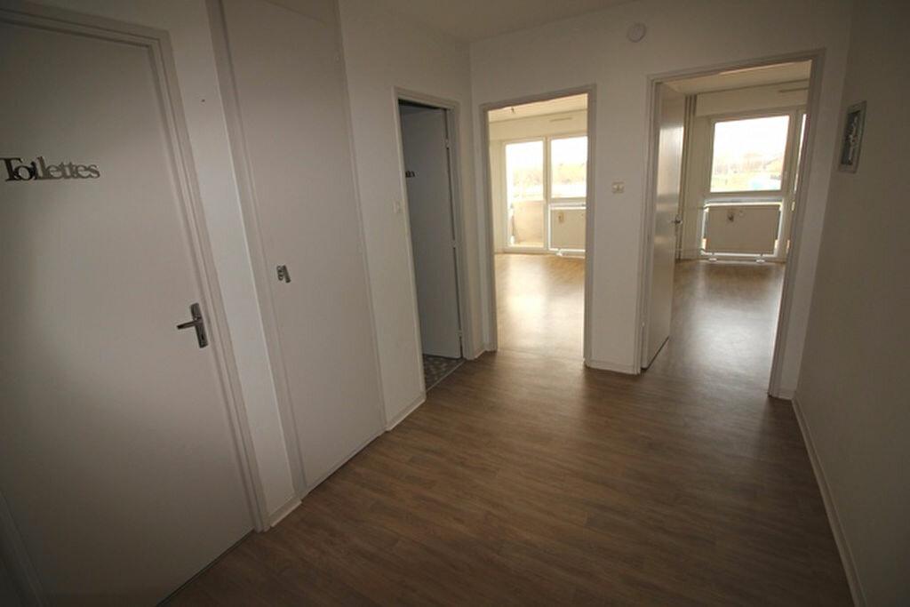Appartement à louer 3 71m2 à Strasbourg vignette-9