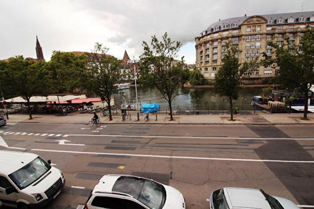 Appartement à louer 4 77.18m2 à Strasbourg vignette-2