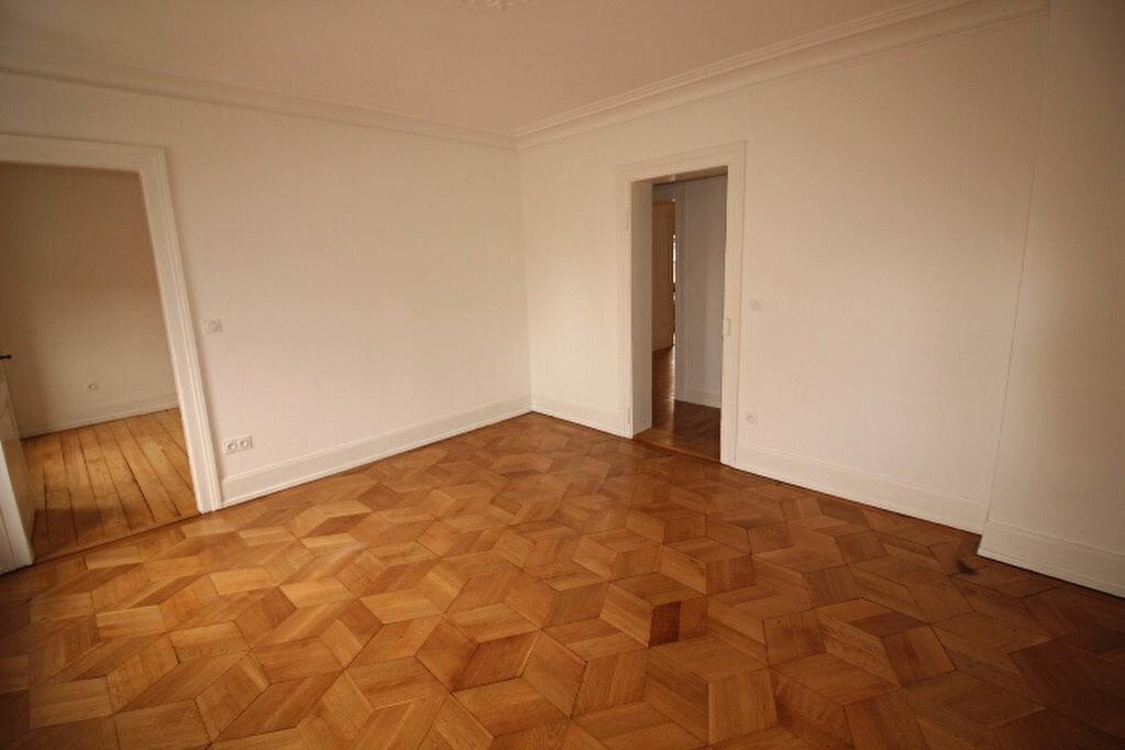 Appartement à louer 4 77.18m2 à Strasbourg vignette-7