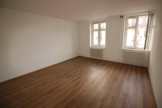 Appartement à louer 2 50.4m2 à Strasbourg vignette-2