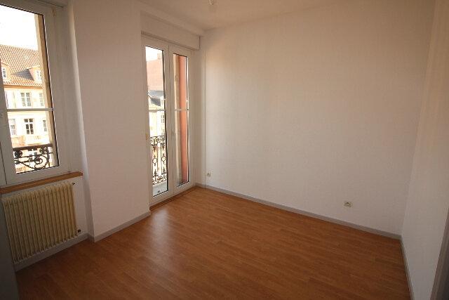 Appartement à louer 2 34.9m2 à Strasbourg vignette-6