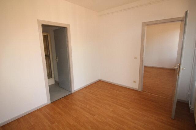 Appartement à louer 2 34.9m2 à Strasbourg vignette-8