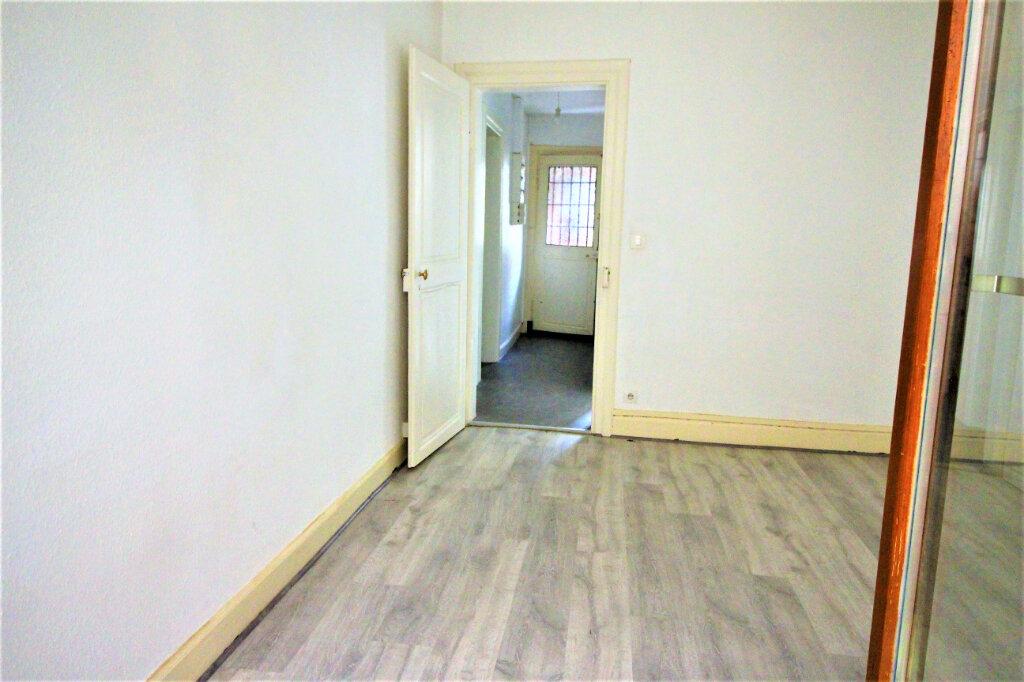 Appartement à louer 3 47.17m2 à Strasbourg vignette-5