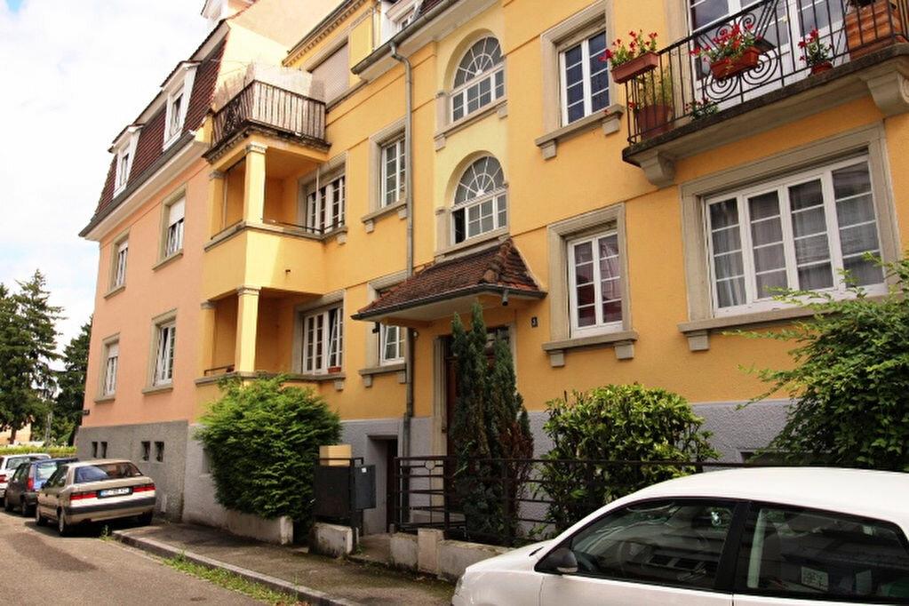 Appartement à louer 2 56.98m2 à Strasbourg vignette-1