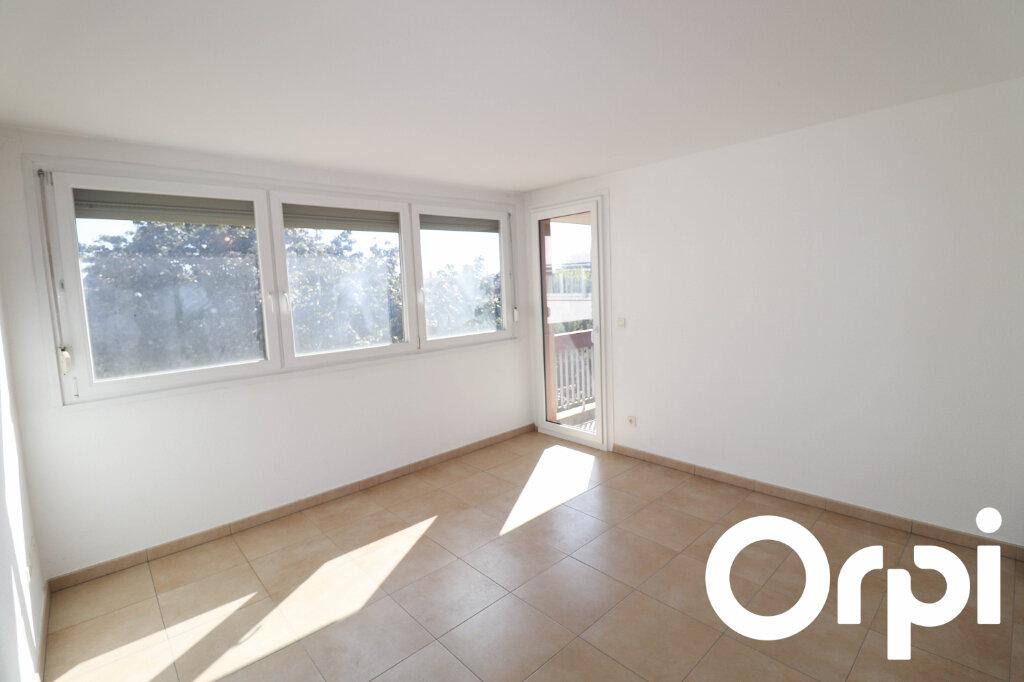 Appartement à vendre 3 62m2 à Mundolsheim vignette-2