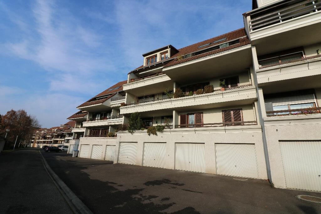 Appartement à louer 3 70.25m2 à Souffelweyersheim vignette-9