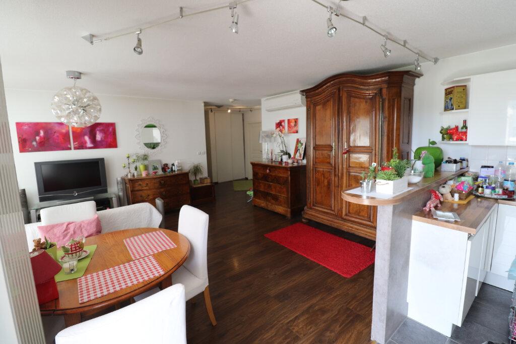 Appartement à vendre 5 88.07m2 à Souffelweyersheim vignette-3