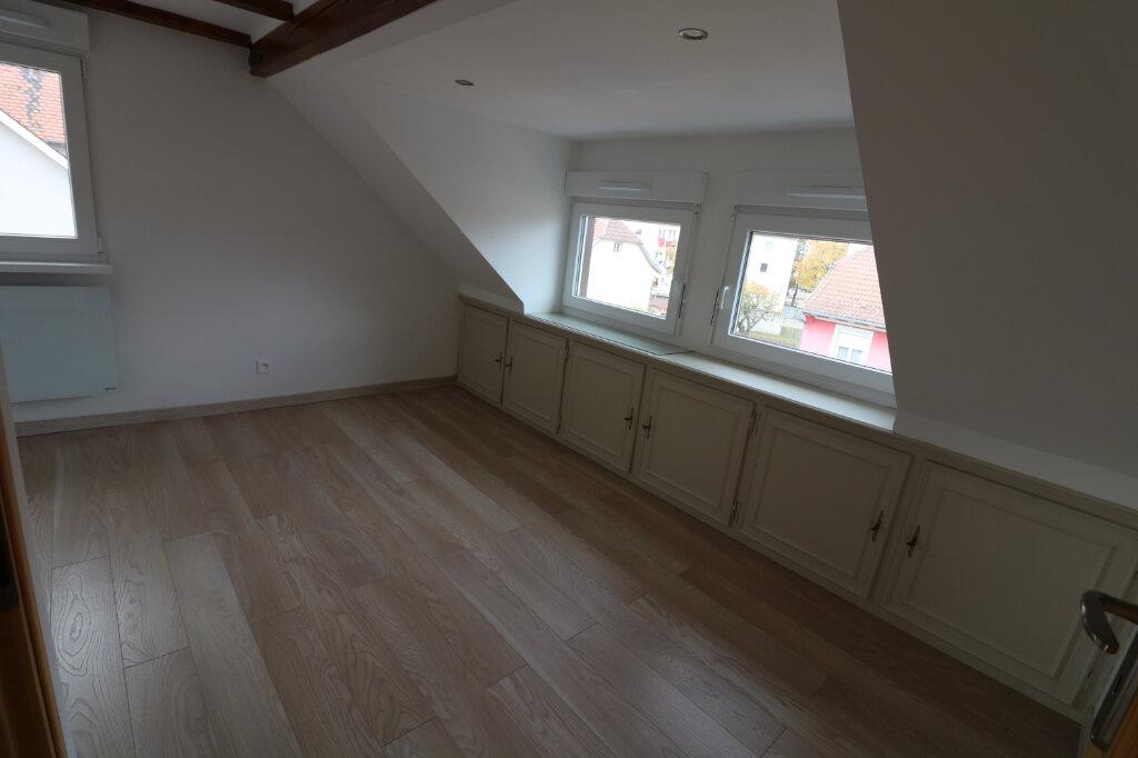 Appartement à louer 3 47.65m2 à Bischheim vignette-5