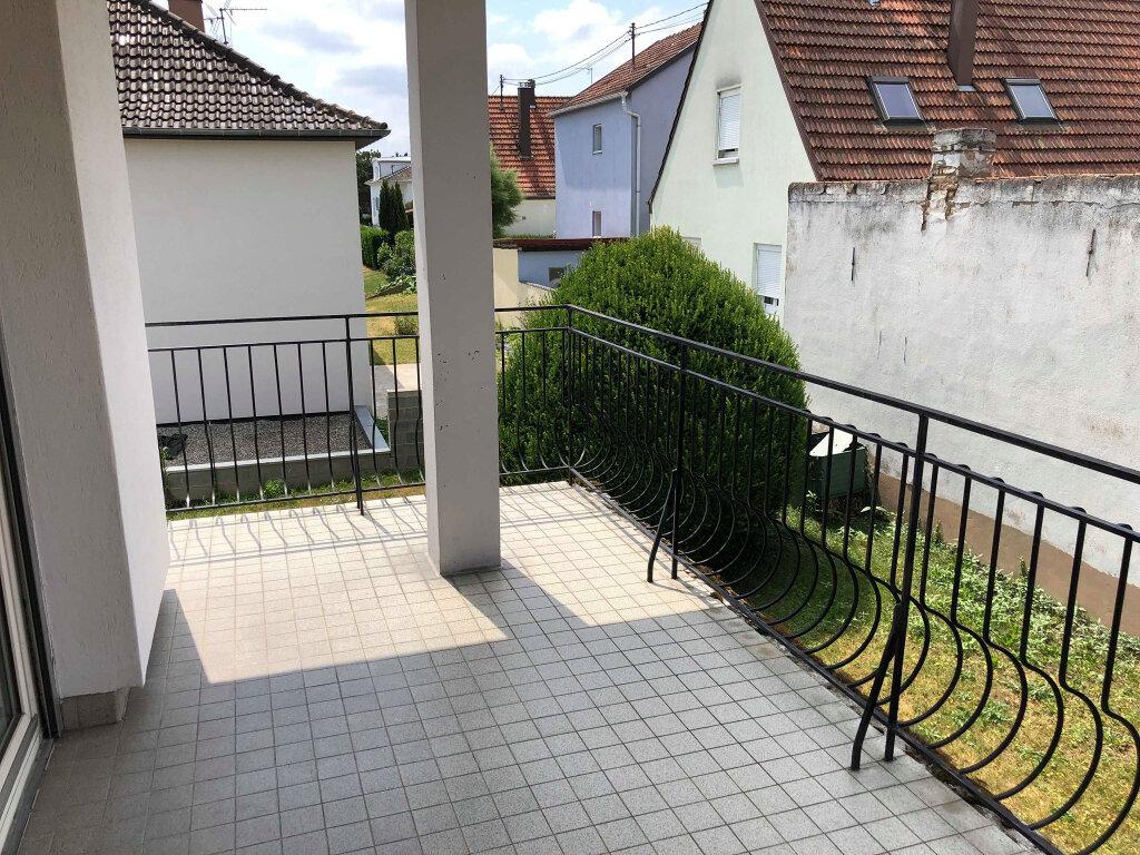 Appartement à louer 3 78m2 à Reichstett vignette-2