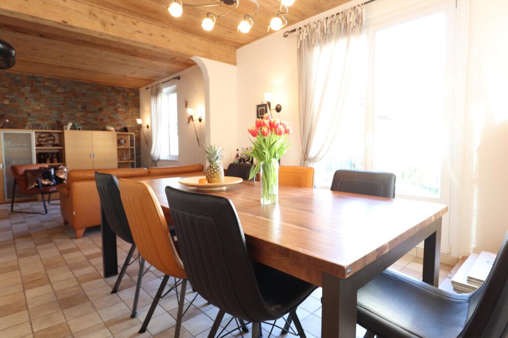 Maison à louer 5 117m2 à Hoenheim vignette-2