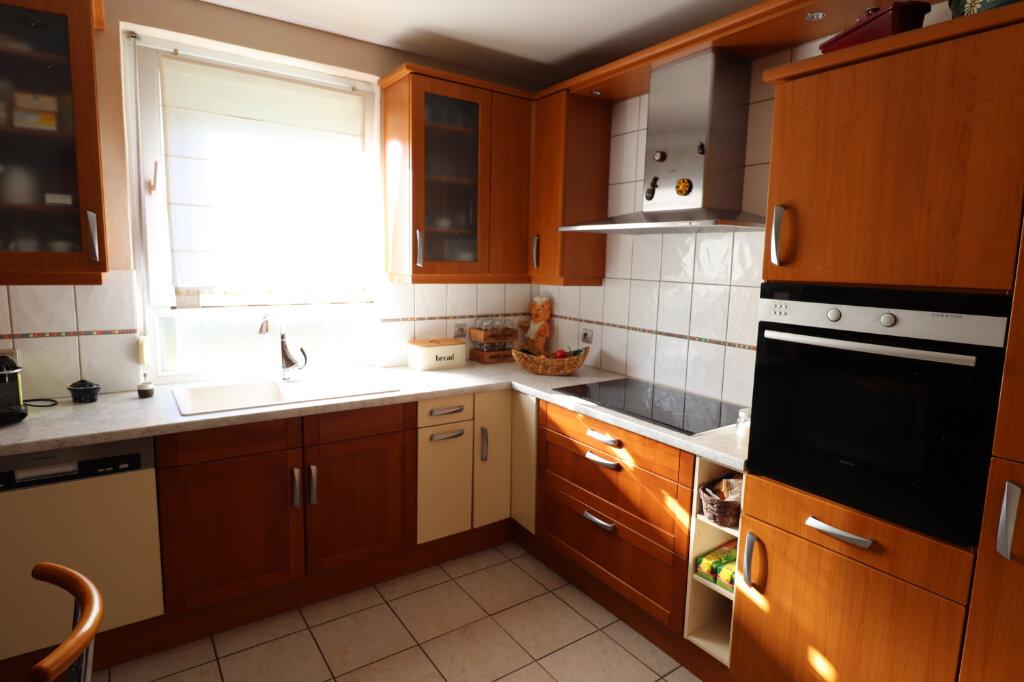 Maison à louer 5 117m2 à Hoenheim vignette-5