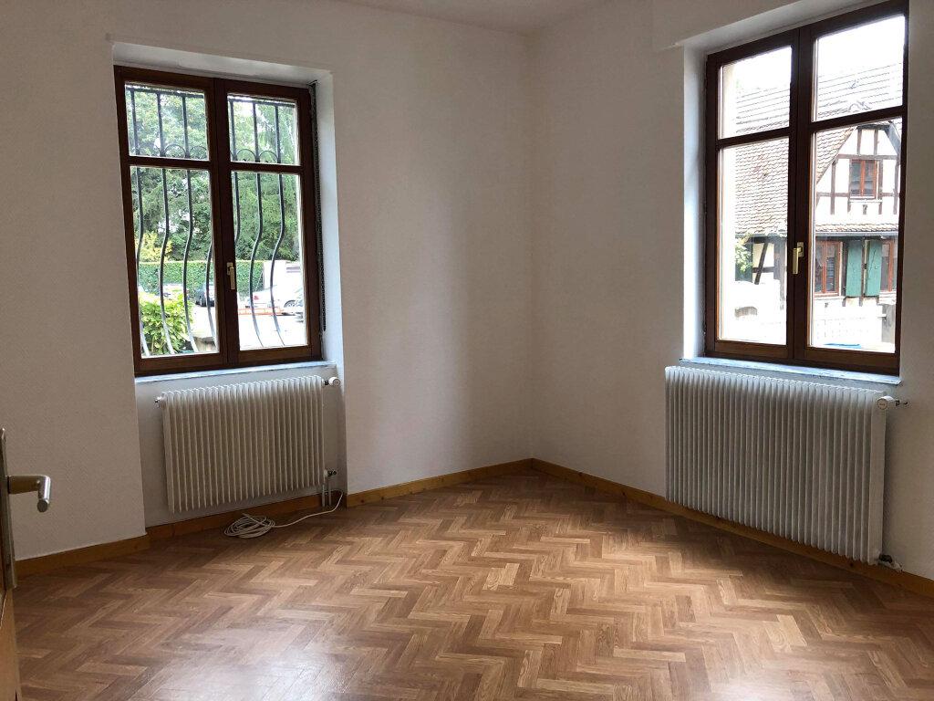 Appartement à louer 3 52.72m2 à Schiltigheim vignette-2