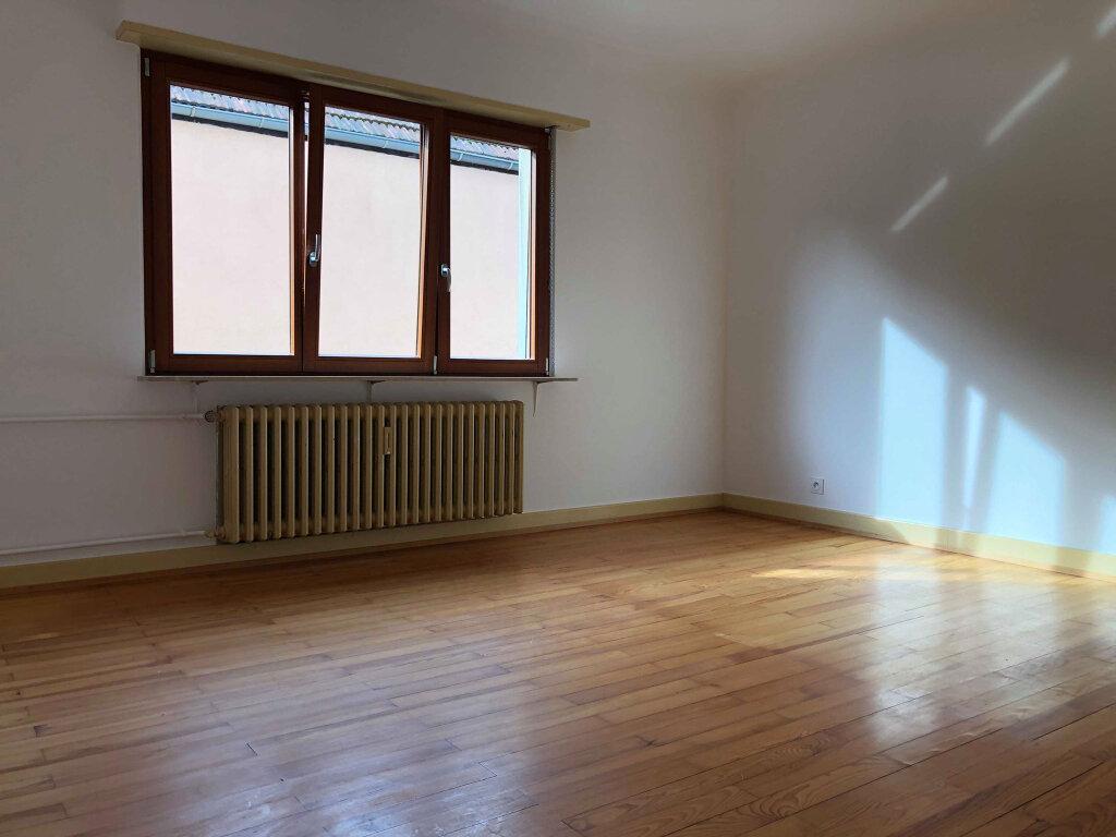 Appartement à louer 4 100m2 à Hoerdt vignette-3