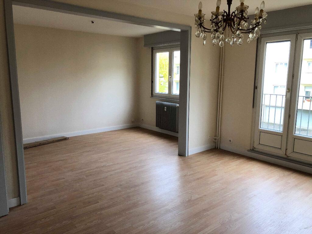 Appartement à louer 3 82m2 à Souffelweyersheim vignette-2