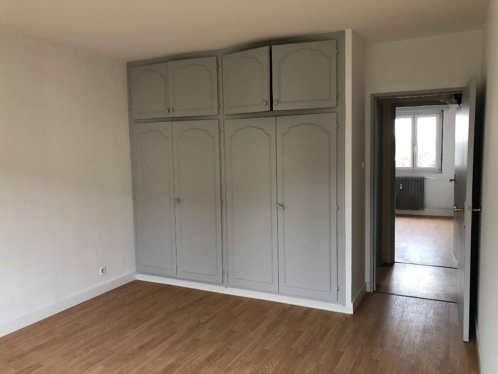 Appartement à louer 3 82m2 à Souffelweyersheim vignette-4