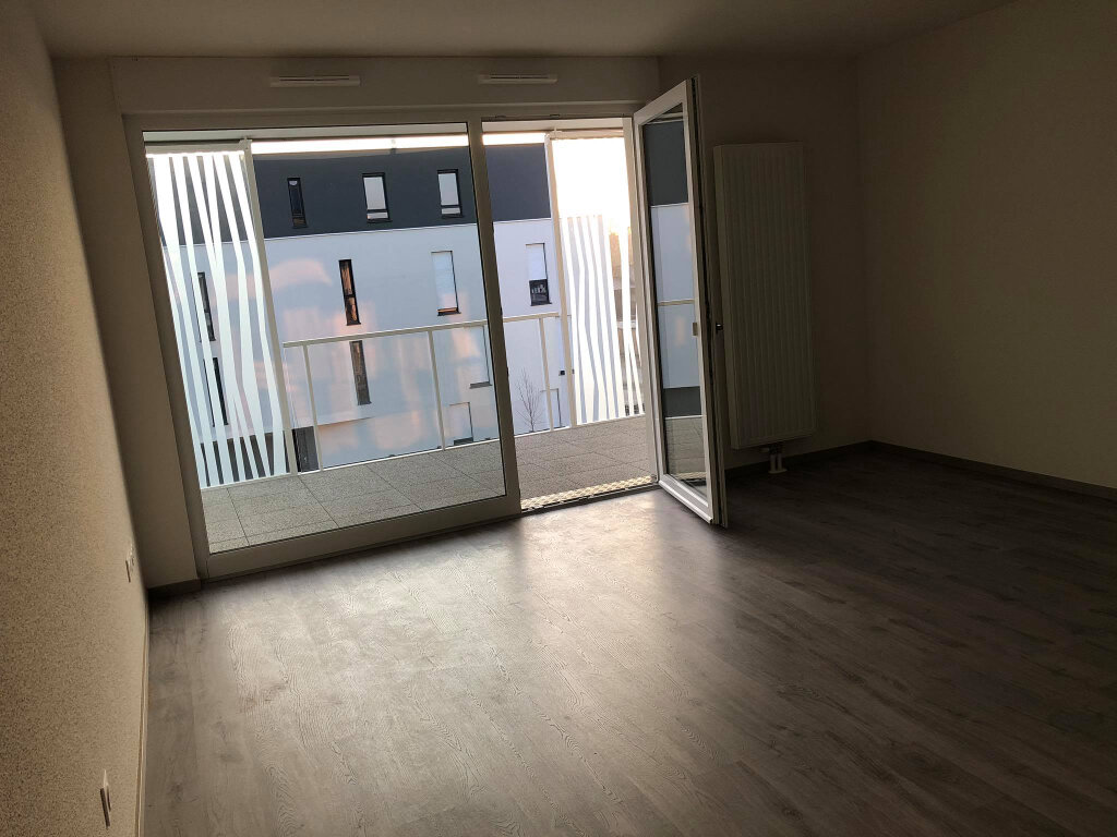 Appartement à louer 3 62.12m2 à Brumath vignette-2