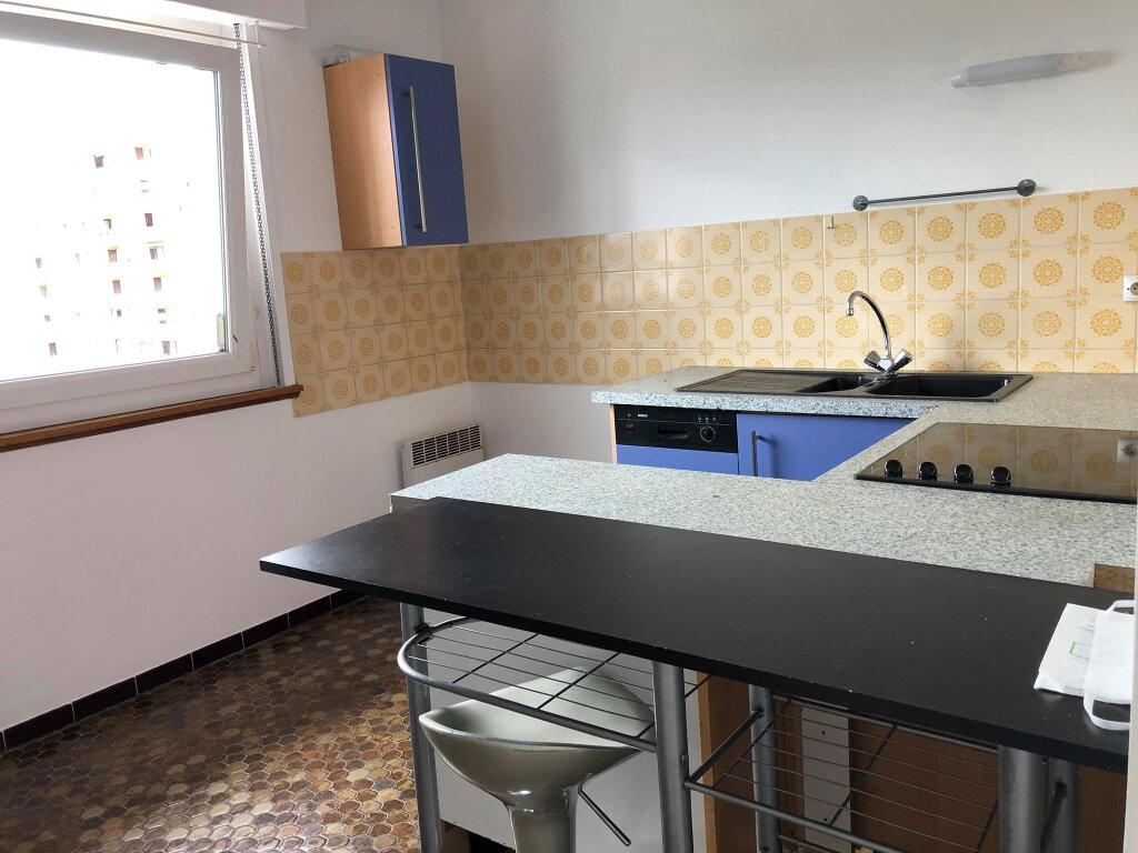 Appartement à louer 1 31m2 à Bischheim vignette-1