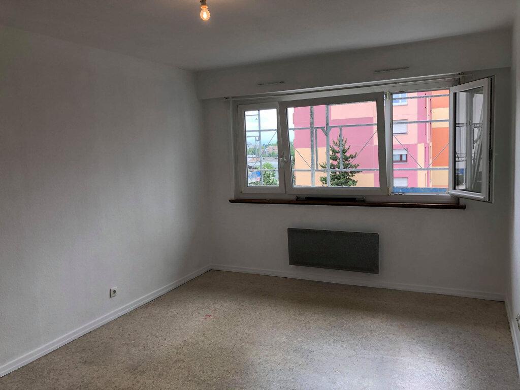 Appartement à louer 1 31m2 à Bischheim vignette-3