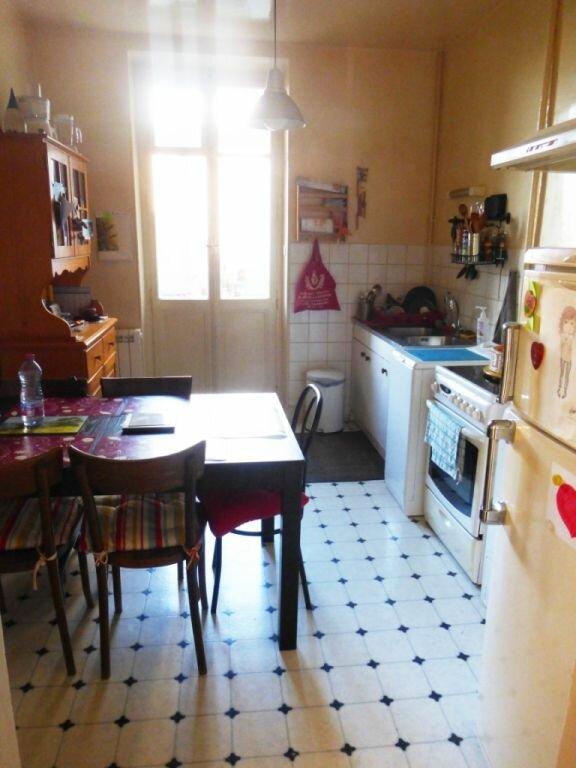 Appartement à louer 3 68m2 à Schiltigheim vignette-3