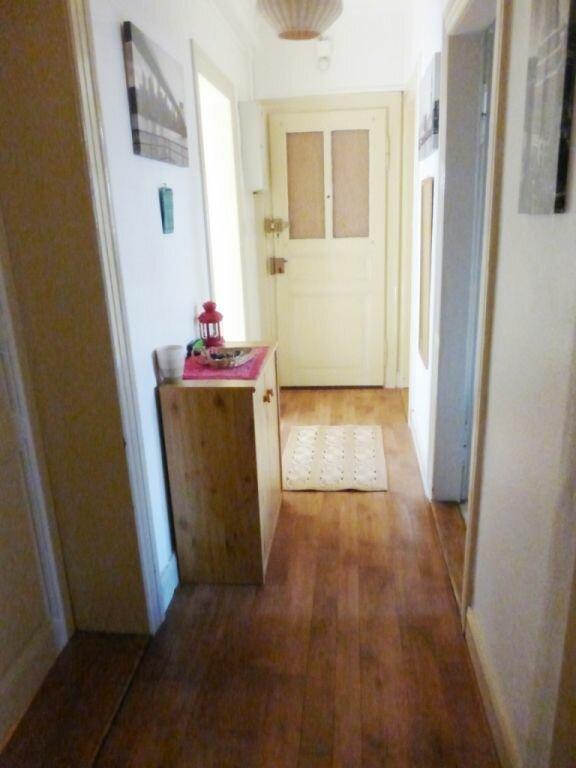 Appartement à louer 3 68m2 à Schiltigheim vignette-5