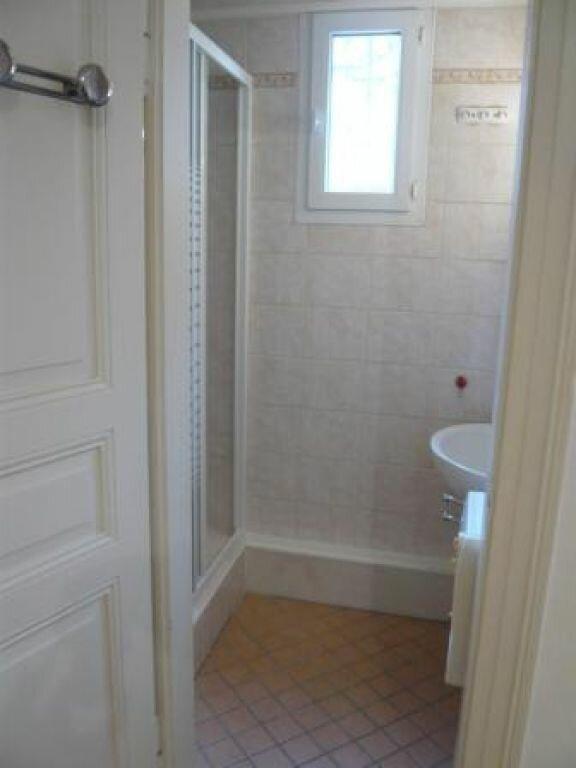 Appartement à louer 3 68m2 à Schiltigheim vignette-6