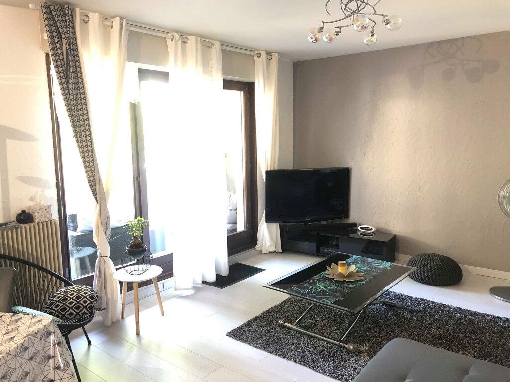 Appartement à louer 3 72m2 à Hoenheim vignette-5