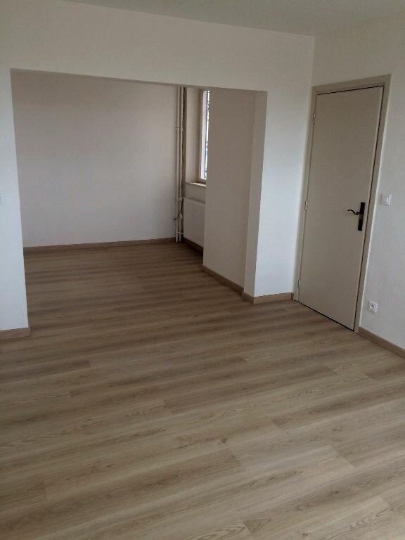 Appartement à louer 3 64m2 à Strasbourg vignette-2
