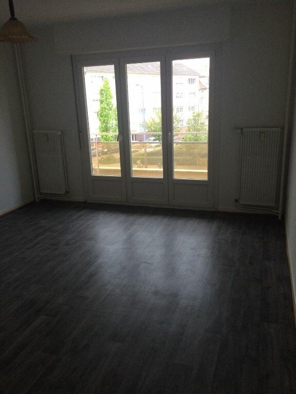 Appartement à louer 1 35m2 à Strasbourg vignette-2