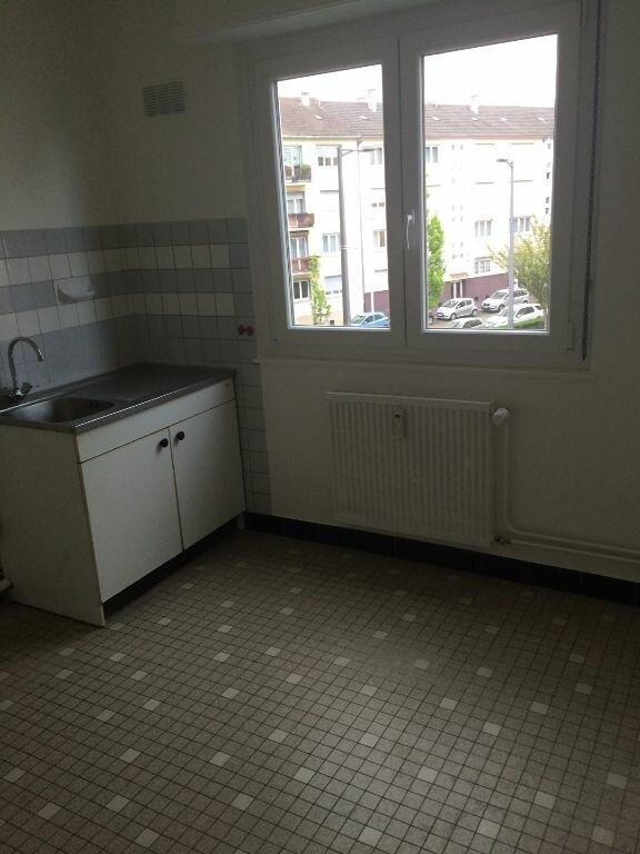 Appartement à louer 1 35m2 à Strasbourg vignette-3