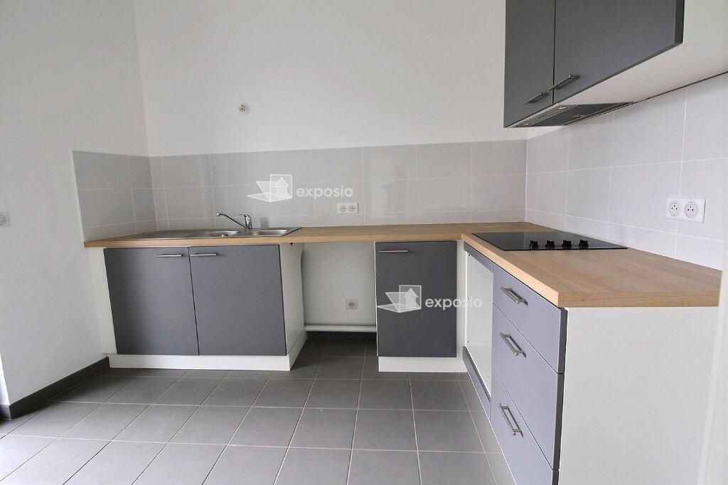Appartement à louer 2 59.18m2 à Strasbourg vignette-1