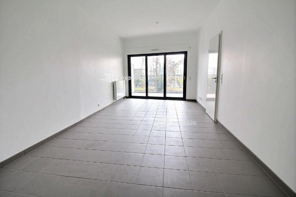 Appartement à louer 2 59.18m2 à Strasbourg vignette-2