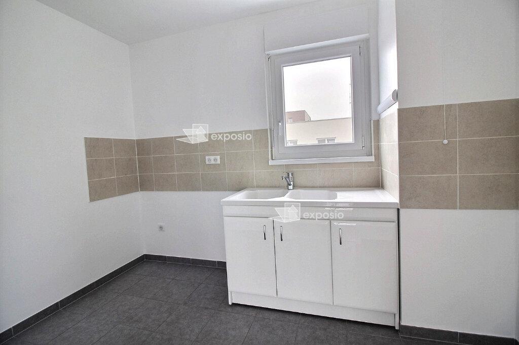 Appartement à louer 3 66m2 à Strasbourg vignette-3