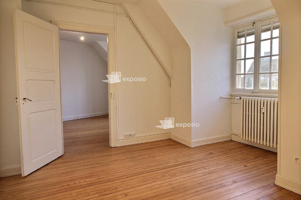 Appartement à louer 3 62.71m2 à Strasbourg vignette-2