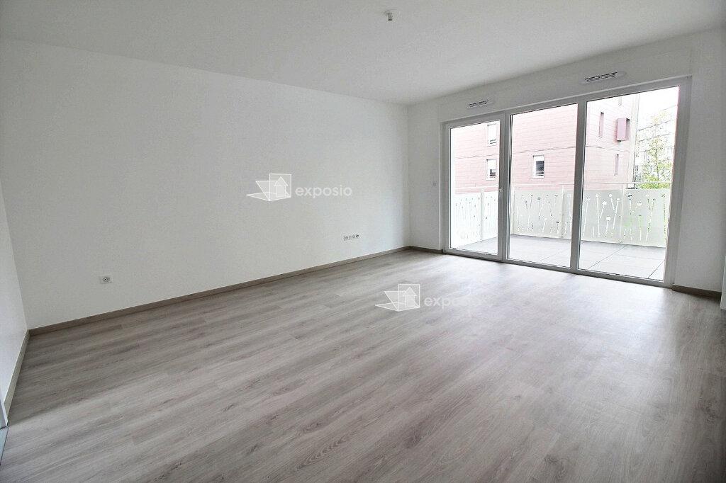 Appartement à louer 3 65.75m2 à Strasbourg vignette-1