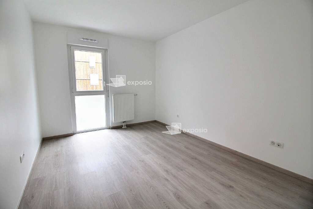 Appartement à louer 3 65.75m2 à Strasbourg vignette-4