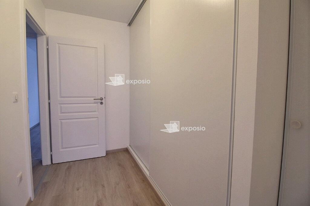 Appartement à louer 3 65.75m2 à Strasbourg vignette-9