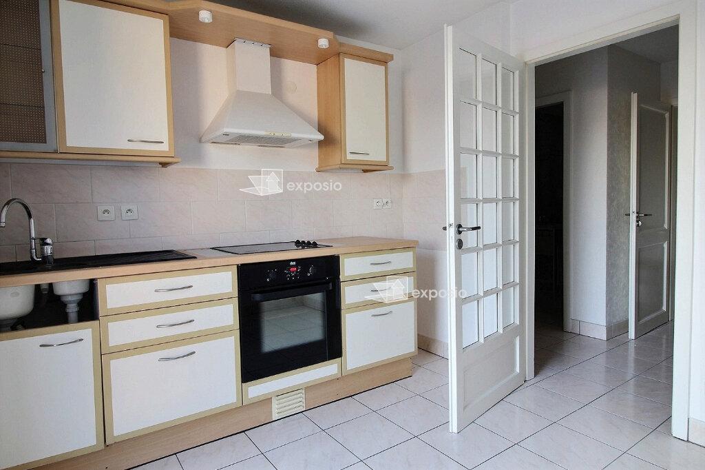Appartement à louer 3 68m2 à Illkirch-Graffenstaden vignette-1