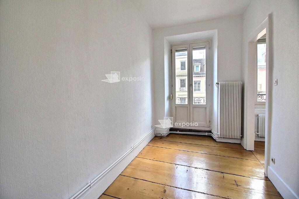 Appartement à louer 3 67.99m2 à Strasbourg vignette-2