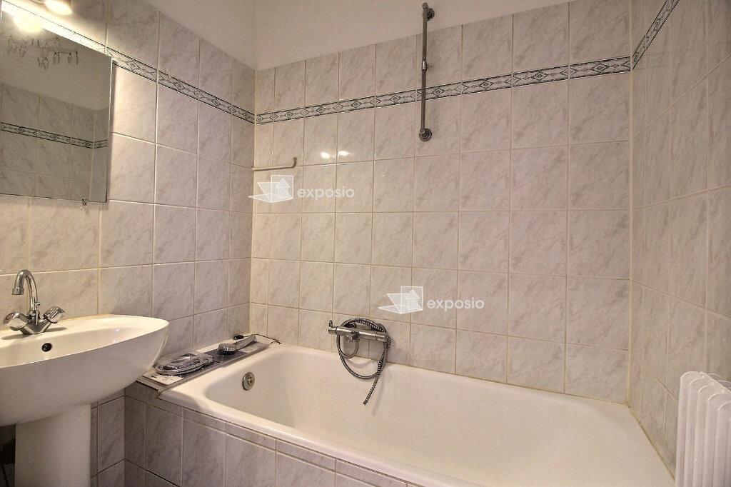 Appartement à louer 3 67.99m2 à Strasbourg vignette-6