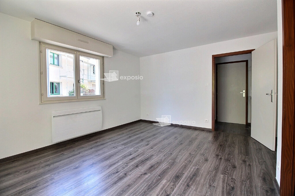 Appartement à louer 2 44.69m2 à Strasbourg vignette-3