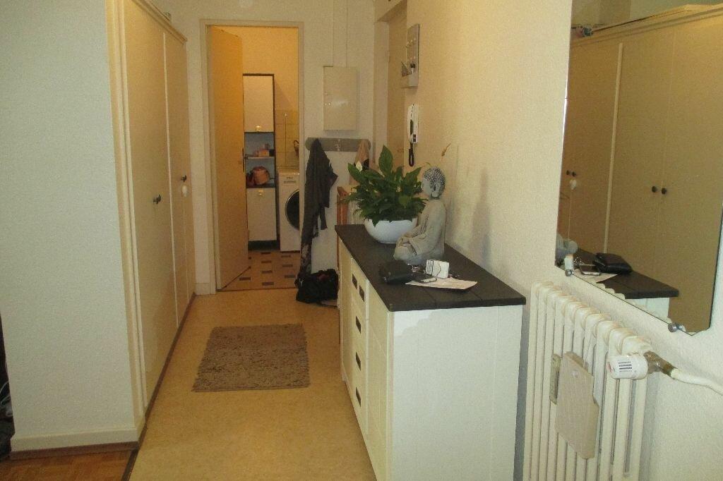 Appartement à louer 2 51.33m2 à Strasbourg vignette-2