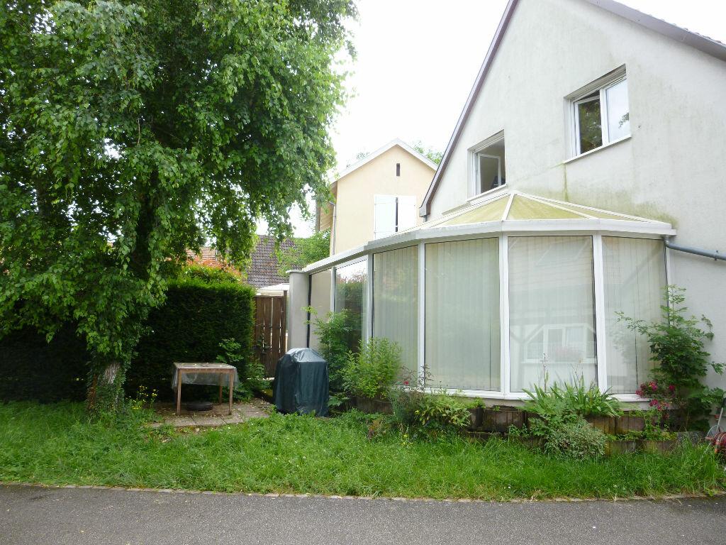 Maison à louer 4 130m2 à Souffelweyersheim vignette-11